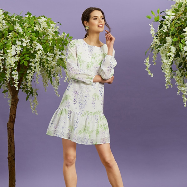 Hire wisteria trees for fashion shoots and promotions