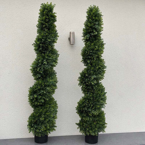 Pine leaf spiral to buy or hire from Twilight Living where you can bring Twilight Tree magic home. From artificial trees to our amazing biophilia design products. Click to find out more.